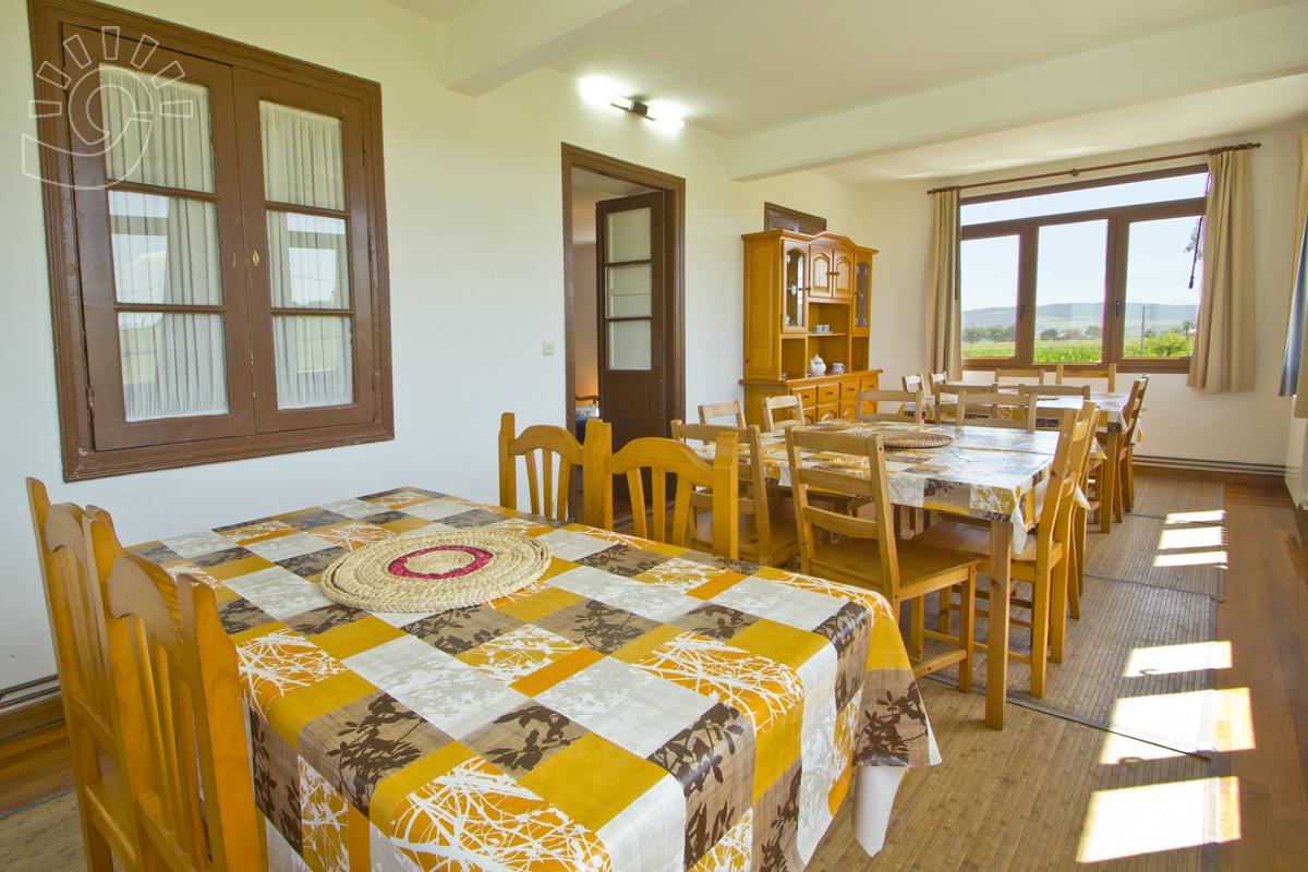 Casa Los Llares Langre Turismo Cantabria # Muebles Hoznayo